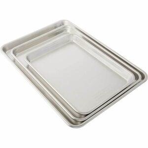 The Best Baking Pans Option: Nordic Ware 3 Piece Baker's Delight Set