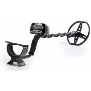 最好的金属探测器选项: Garrett AT Pro Metal Detector