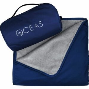 The Best Picnic Blanket Option: Oceas Outdoor Waterproof Blanket