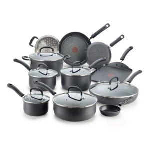 The Best Cookware for Glass-Top Stoves Option: T-fal Hard Anodized Titanium Cookware Set