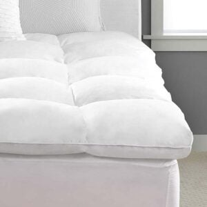 The Best Mattress Topper for Side Sleepers Option: Pacific Coast Feather Luxe Mattress Topper