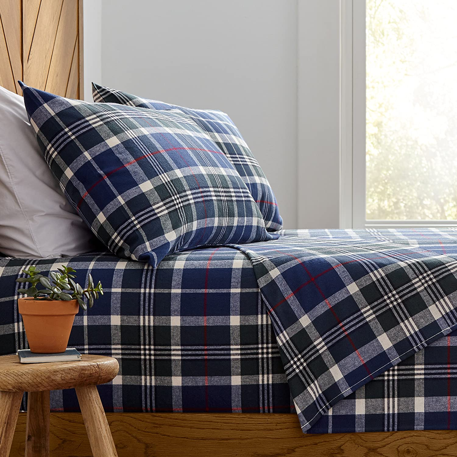 The Best Flannel Sheets For A Cozy Bed Bob Vila