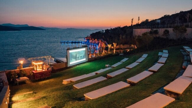 Best Outdoor Projector Options