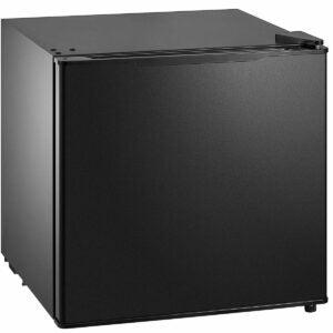 The Black Friday Appliance Deals Option: Midea MRM14A4ABB All refrigerator