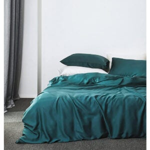 Best Bedding Options: Solid Color Egyptian Cotton Duvet