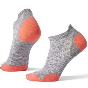 最佳羊毛袜子选项:Smartwool Phd户外光微袜