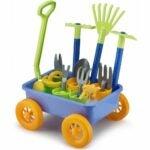 儿童选项最好的花园套装: Liberty Imports Garden Wagon & Tools Toy Set