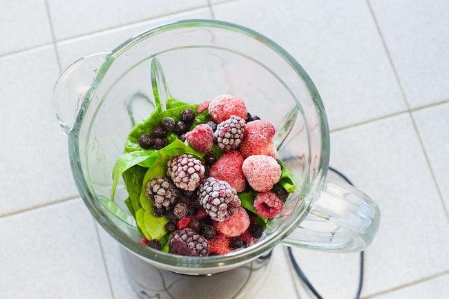 Blender frozen fruit