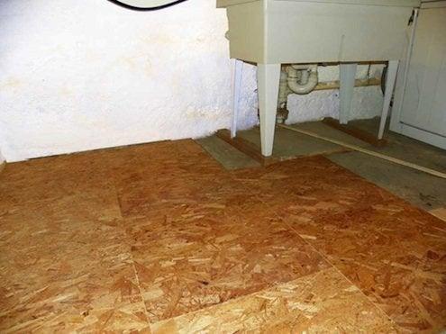RHenry-dricore-basement-floor-panels-installling