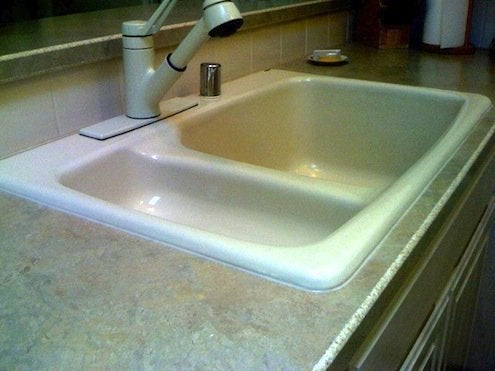 kitchen sink caulk how to caulk a kitchen sink bob vila radio bob s blogs 2609