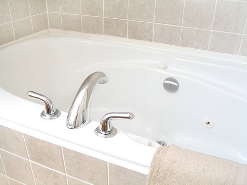 how to clean a bathtub bob vila
