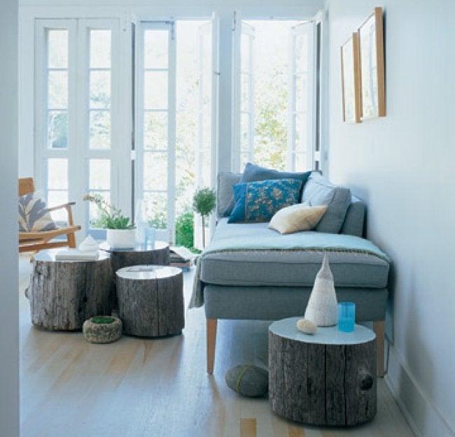 DIY Outdoor Furniture - Tree Stump Stools