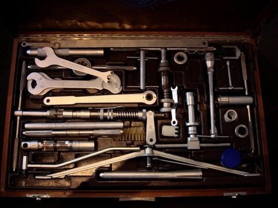 9ca277f21d8 The Essential Toolbox - Bob Vila