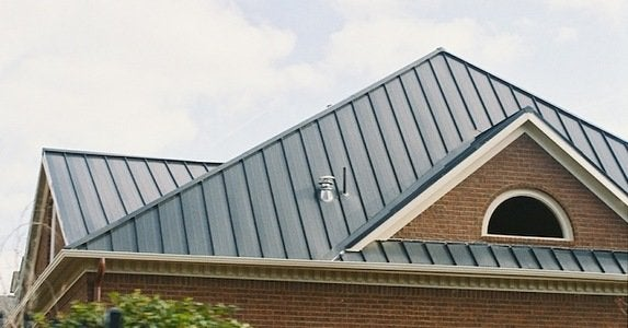 Debunking 5 metal roof myths roofingexpertmiami