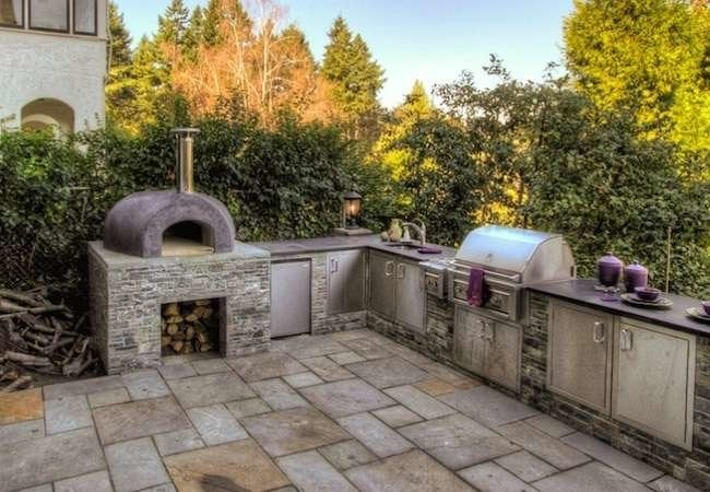 "Outdoor Kitchens: 12 ""Delicious"" Designs to Drool Over"