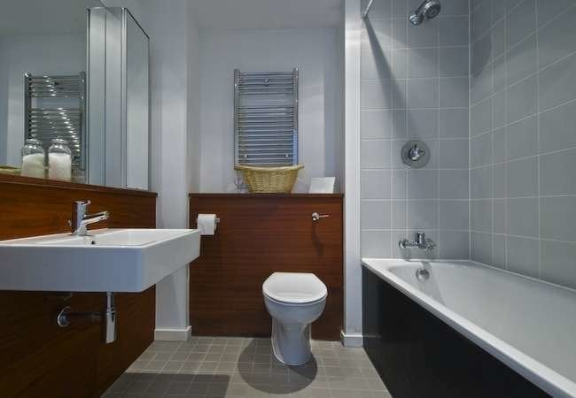 20 Ways To Make A Small Bathroom Big