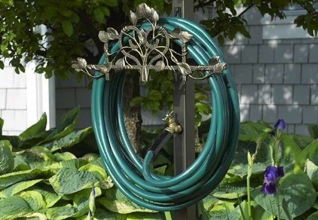 Garden Hose Storage: 8 Stylish Solutions