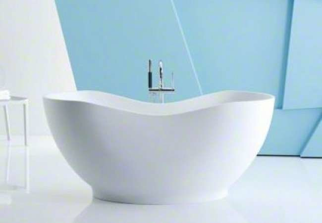 Free-Standing Tubs: Soaking Up the Luxury