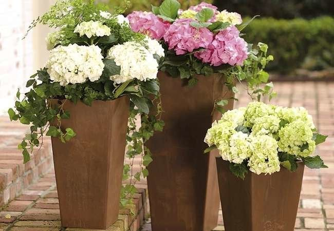 10 Faux Planters with Genuine Style