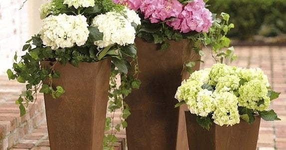 10_faux_planters_with_genuine_style