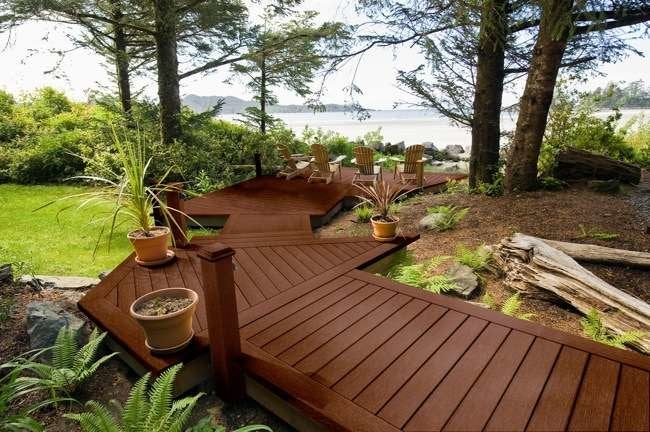 Composite Decking: 10 Great Reasons to Rethink Wood