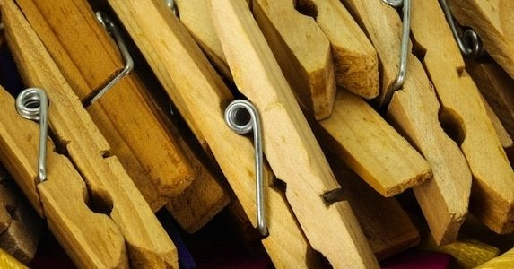 10 novel uses for the classic clothespin