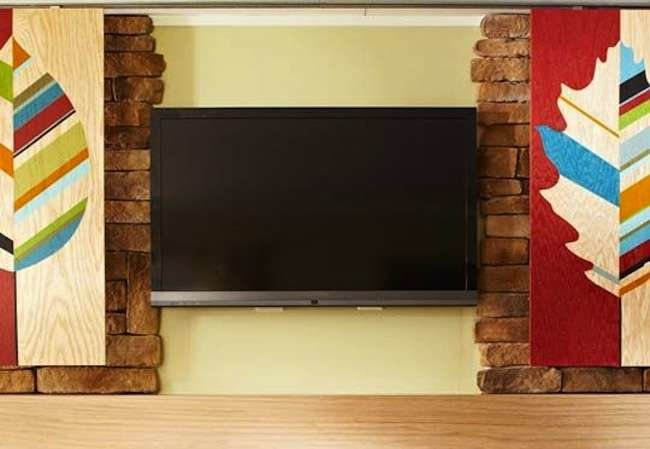 9 Ways to Make Your TV Look at Home