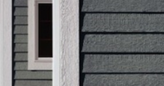 Engineered wood siding engineered siding bob vila - Best exterior paint for wood siding ...