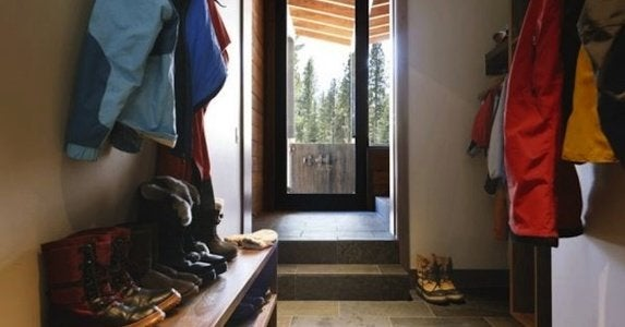 Winter mudroom rev