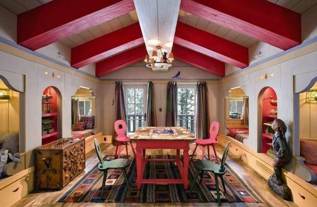 10 Nice Nooks: They're Not Just for Breakfast Anymore