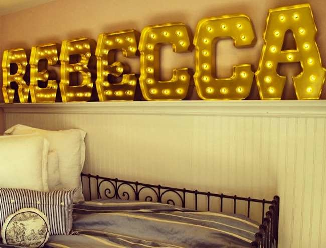 Wow with Words: 10 Ways to Bring Typography Style Home