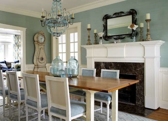 Dining room colors 8 inviting colors bob vila for Dining room kitchen paint colors