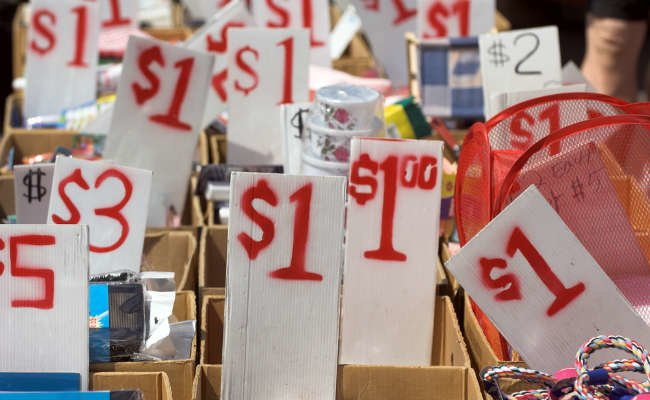 10 Tips for a Money-Making, Hassle-Free Yard Sale