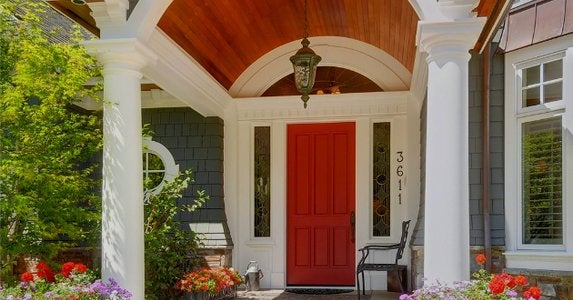 Frontdoor red