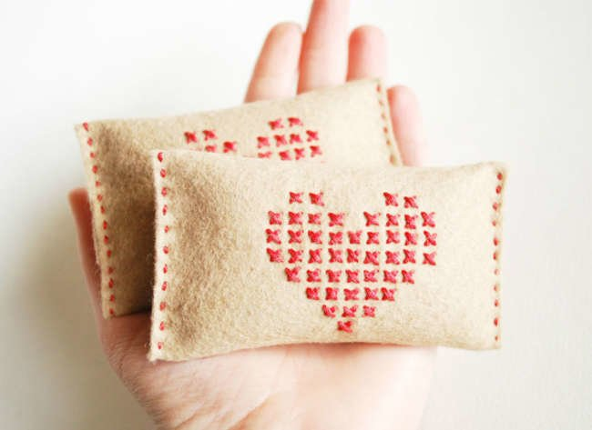 10 Creative Stocking Stuffers You Can Make in Minutes
