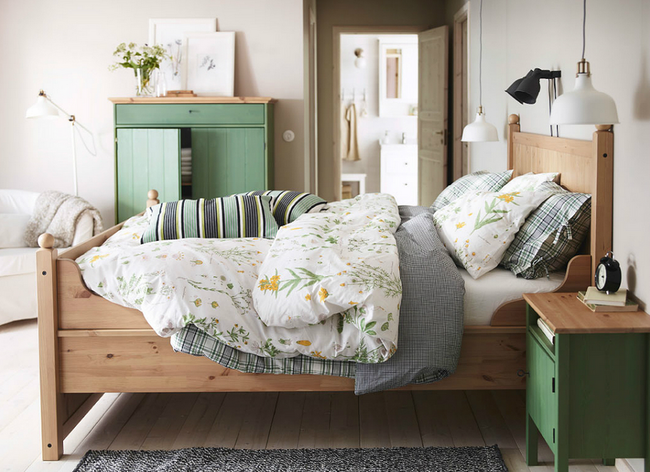 10 Things Your Bedroom Might Be Missing