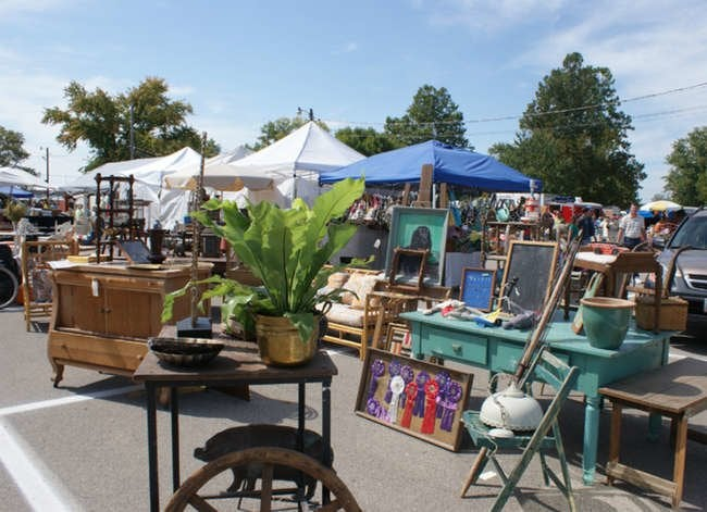 10 Best Flea Markets for Cool Old Finds