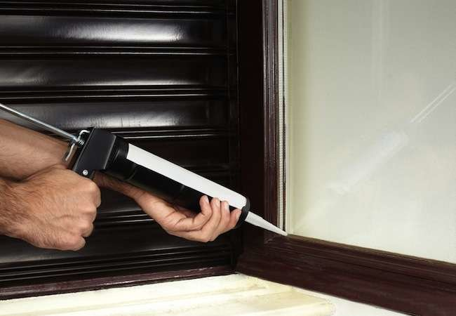 "Bob Vila's 10 ""Must Do"" October Projects"