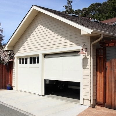 Buyer's Guide: 7 Best Garage Door Openers