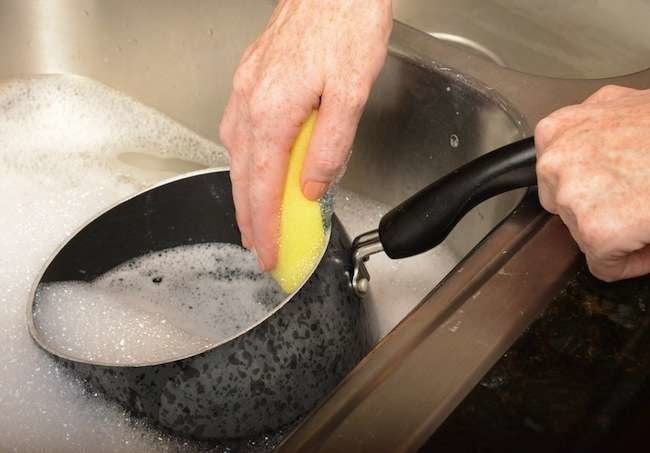 12 Genius Tips for Everyday Speed-Cleaning