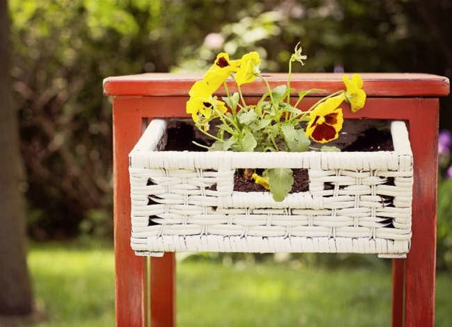 16 New Things You Can Do with Old Furniture