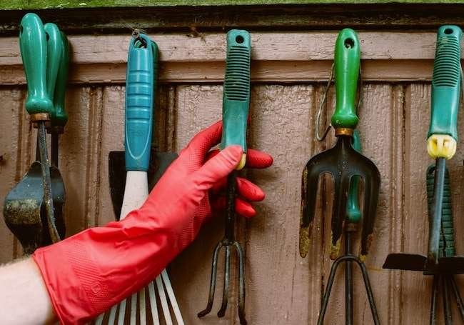 "Bob Vila's 10 May ""Must Do"" Projects"
