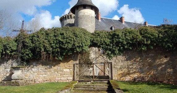 Lot-castle