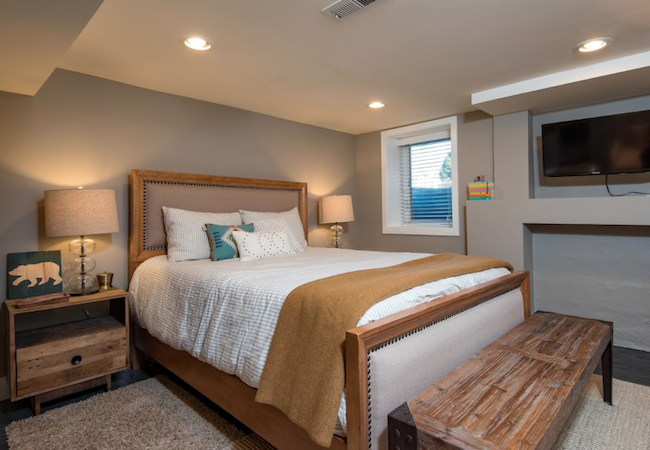 14 Tips for a Cozy Basement Bedroom