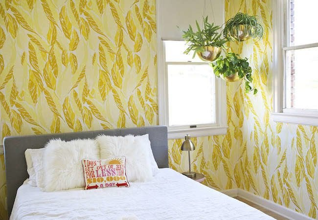 12 Photos That Prove Wallpaper Still Wows