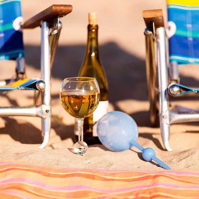 10 Cheap Ways to Bring the Beach to the Backyard