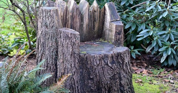 Stump lawn chair