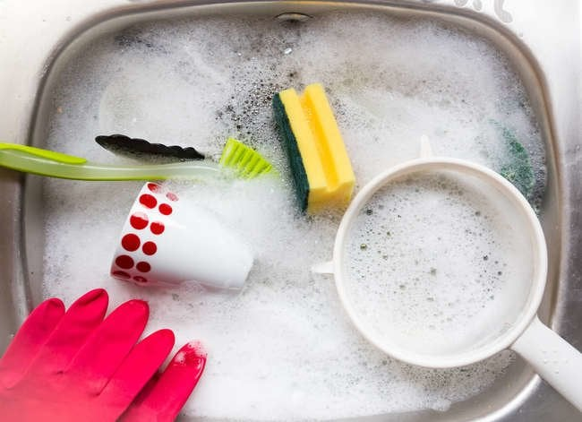Clean dishes immediately how to wash dishes fast 12 - Dish washing tips ...