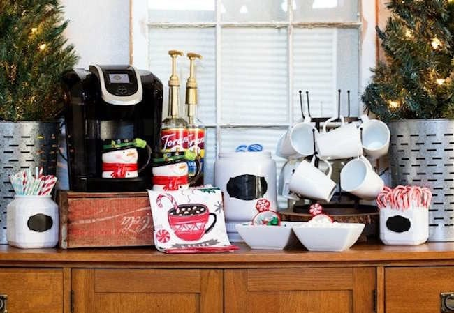 11 Easy Ways to Be the Best Holiday Host