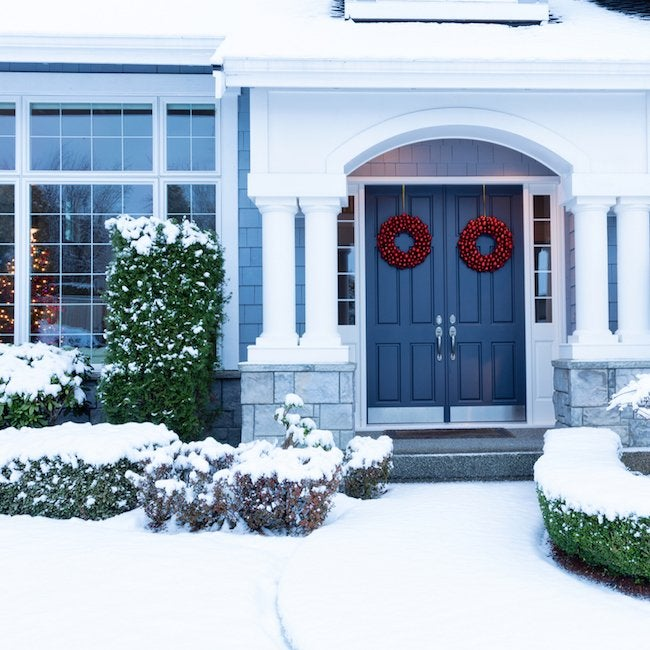 11 Holiday Mistakes That Bring Burglars to Your Home